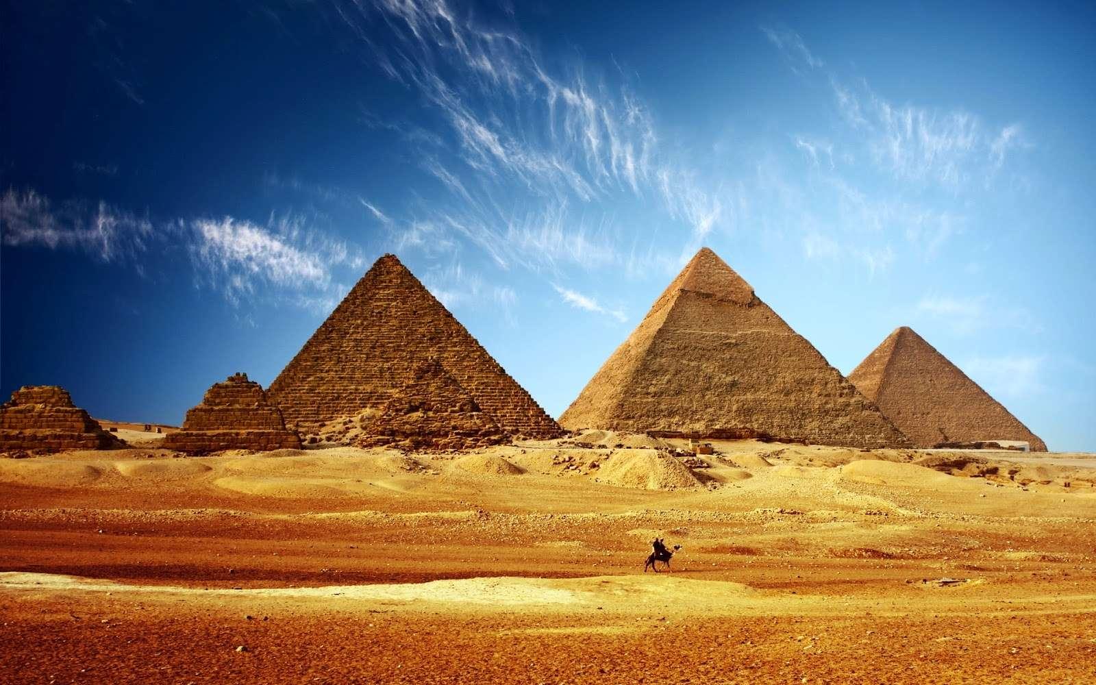 great-pyramid-of-giza-hd-1066646