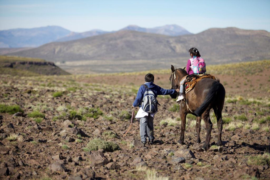 On-the-Way-to-School-Argentina2